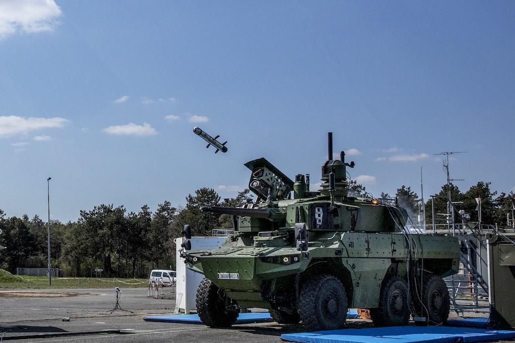 The first lock-on firing of an MMP medium-range missile from a Jaguar armoured reconnaissance and combat vehicle has take place